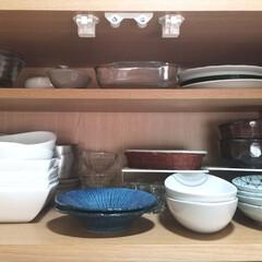 パイレックス PYREX ミートグリルディッシュ 1.0L CP-8586 | Pyrex(皿)を使ったクチコミ「手前には毎日のように使う食器を奥は時々使…」