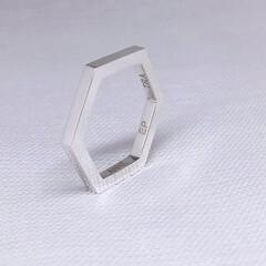 手作りシルバーアクセサリー/六角形リング/多角形リング/シルバーリング/シンプルリング/カスタムオーダー/... カスタムオーダー、六角形のシンプルリング…