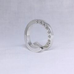 手作りシルバーアクセサリー/ごついリング/シルバーリング/ひねり/スパイラル/ごつい指輪/... ごついスパイラルリング(ジルコニア×8、…
