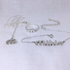 指輪/ネックレス/ブレスレット/シルバーアクセサリー/シルバーリング/筆記体/... ネームブレス&イニシャルリング&イニシャ…
