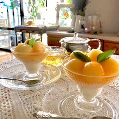 デザート/おうちカフェ/育てる楽しみ/無農薬/自家製果物/季節を感じる暮らし/... 初めて育てたメロン🍈追熟させたので、切っ…