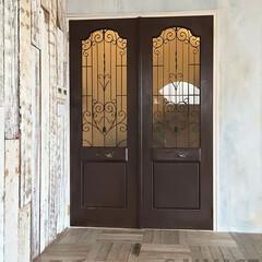 オーダードア/アイアン面格子/スタジオ施工/内装施工/古材 スタジオ施工例2 ドア製作