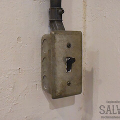 露出配線/スイッチボックス/スタジオ施工/内装施工 スタジオ施工例3 露出配線 スイッチボッ…