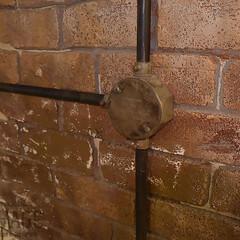 露出配線/ガス管/モルタル造形/スタジオ施工/内装施工 スタジオ施工例3 露出配線 モルタル造形