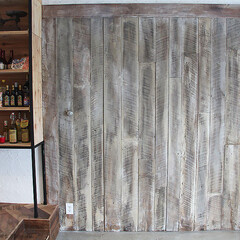 古材/薄板/壁面施工/スタジオ施工/内装施工 スタジオ施工例4 古材の壁面施工(1枚目)