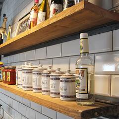 古材/キッチン/シェルフ/アイアンブラケット スタジオ施工例4 古材のキッチンシェルフ