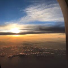 夕焼け/夕日/夕陽/富士山/雲/空/... 今年の夏の思い出… 飛行機内からの写真で…(3枚目)