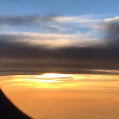 夕焼け/夕日/夕陽/富士山/雲/空/... 今年の夏の思い出… 飛行機内からの写真で…(4枚目)