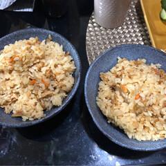 夫婦茶碗/nagomiさん作/おうちごはん 今日、炊き込みご飯を作ったので、nago…