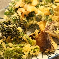 おうちごはん/田舎暮らし/家メシ/天ぷら 田舎暮らしの贅沢は、この一皿を100円足…