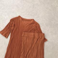 神戸レタス/プリーツ/セットアップ/プチプラ/ファッション ちょっと秋っぽいカラーが可愛いセットアッ…