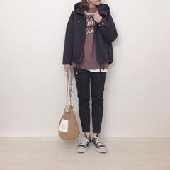 黒スキニー/GU/ニット/アウター/マウンテンパーカ/ファッション 毎年マウンテンパーカが欲しいと思いつつg…