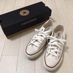 購入品/白スニーカー/スニーカー/コンバースオールスター/ファッション newコンバース✧︎*。 真っ白のスニー…