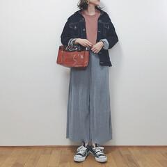 カジュアルコーデ/プリーツパンツ/UNIQLO/ユニクロ/春コーデ/ファッション/... ユニクロのプリーツパンツを購入しました。…