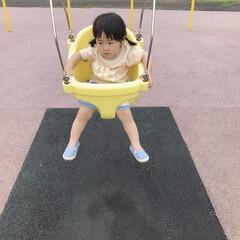 1歳5ヶ月/ブランコ/公園/LIMIAおでかけ部/おでかけ/おでかけワンショット 今日行った公園に赤ちゃん用ブランコがあっ…
