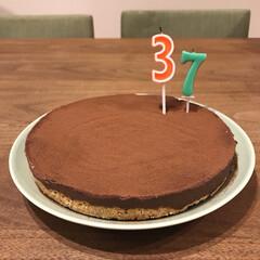 チョコケーキ/生チョコタルト/手作りケーキ/バースデーケーキ/わたしのごはん/フード/... バースデーケーキ🎂 今年は生チョコタルト…