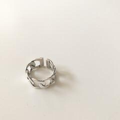 シルバー925/シルバーアクセサリー/指輪/リング/アクセサリー/ファッション/... 最近の購入品。 ずっと人差し指にするシル…(1枚目)