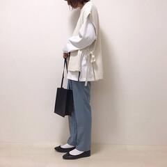しまむら/ニットベスト/Pierrot/くすみブルー/カラーパンツ/ファッション ずっと欲しかったくすみブルーのパンツ買っ…
