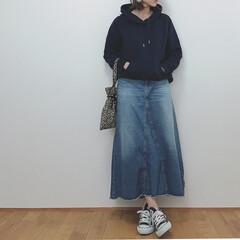 スウェット/プチプラコーデ/大人カジュアル/秋/ファッション いつかのコーデ。 スウェットにデニムのカ…