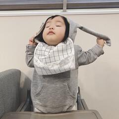 うさぎさん/生後12ヶ月/1歳/赤ちゃん 帽子やヘアピンを付けるとすぐ取ってしまう…