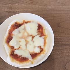 ランチ/手作りピザ/ピザ/LIMIAごはんクラブ/おうちごはんクラブ/グルメ/... 今日のランチは手作りピザです🍕 なんだか…