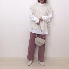 くすみピンク/しまむら/ニットベスト/スラックス/GU/ファッション GUの人気商品カットソースラックスのピン…