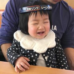 笑顔/生後12ヶ月/1歳/娘/おでかけワンショット 今日は家族でくら寿司へ🍣 末っ子ちゃん、…