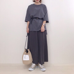 ワントーンコーデ/GU/ハニーズ/ハンドメイド/巾着バッグ/ファッション お気に入りの巾着が主役のコーデ。 ダーク…