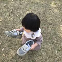 ベビーコーデ/1歳2ヶ月/娘/おでかけ/おでかけワンショット 今日は天気が良かったので家族でお花見に行…
