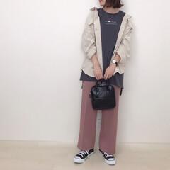 大人カジュアル/GU/スラックス/くすみピンク/くすみカラー/ファッション くすみピンク×チャコールグレー 好きでよ…