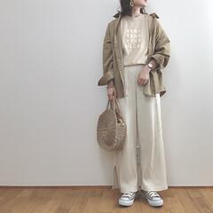 ベージュコーデ/大人カジュアル/ワントーンコーデ/ファッション 今日は雨で少し肌寒かったので長袖でちょう…