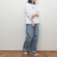 スウェット/デニム/ユニクロユー/カジュアルコーデ/ファッション カジュアルコーデ。 ゆるっとしたスウェッ…
