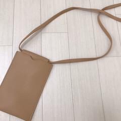 韓国ファッション/ファッション雑貨/ショルダーバッグ/ネックポーチ/ファッション めちゃタイプなネックポーチ♡ シンプルな…