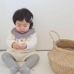 生後11ヶ月/赤ちゃん/ベビーコーデ/セットアップ/もくもくスタイ/韓国子供服/... 11ヶ月の娘です❁︎ お気に入りのニット…