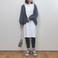 ユニクロユー/ユニクロ/ワンピース/ざっくりカーディガン/ファッション お気に入りのコーデ。 シンプルが好きです…