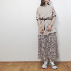 ワントーンコーデ/花柄スカート/ハニーズ/GU/ファッション/わたしのお気に入り 今日は昨日まで半袖でも汗かいてたのが嘘み…