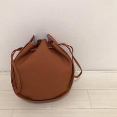 ZOZOTOWN/韓国ファッション/サークルバッグ/バッグ/ファッション コロンとした形が可愛いバッグ👜 ずっとブ…
