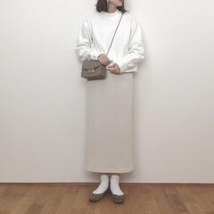 ホワイトコーデ/ワントーンコーデ/ユニクロ/ユニクロユー/UNIQLOU/ファッション/... Uniqlo Uのスウェットが初の限定価…