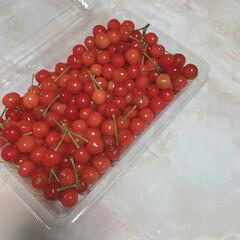 頂き物/フルーツ/さくらんぼ/至福のひととき/わたしのごはん ご近所さんからお庭で採れたさくらんぼを頂…