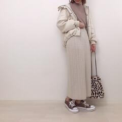 アウターコーデ/GU/ニットスカート/ラテコーデ/ファッション ホワイト×ブラウンでラテコーデ☕️ この…