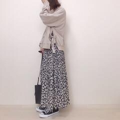 花柄スカート/大人かわいい/スウェットコーデ/サイドリボンスウェット/ファッション サイドリボンが可愛いスウェット♡ リボン…
