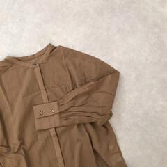 田中亜希子/ブラウン/バンドカラーシャツ/バンドカラー/kobelettuce/神戸レタス/... 神戸レタス×田中亜希子さんコラボのシャツ…