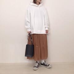 プチプラのあや/プリーツスカート/パーカーコーデ/しまむら/GU/ファッション GUのオーバーサイズスウェットプルパーカ…
