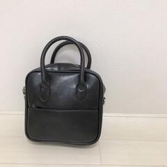 ショルダーバッグ/バッグ/韓国ファッション/2wayバッグ/スクエアバッグ/ファッション 可愛いスクエアバッグをお迎えしました◡̈…