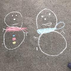 雪だるま/お絵かき/らくがき 外に出たら描いてあったらくがき✏︎ 大き…