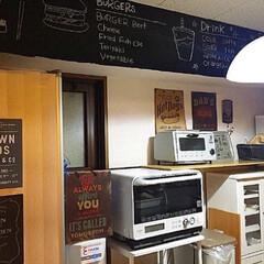 カフェキッチン/賃貸インテリア/賃貸/キッチン雑貨/DIY/ディアウォール/... カフェ風 キッチンに💓 セリアの黒板シー…