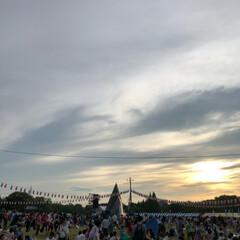 夕焼け雲/夕陽/夕日/祭り/夏祭り/夕焼け/... 今日は近所の市民祭りに行ってきました。 …(4枚目)