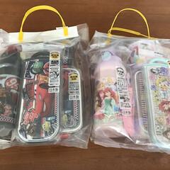 birthday/プリンセス/カーズ/福袋/あけおめ 今頃…福袋😆😵😆 1.ランチBOX 2.…