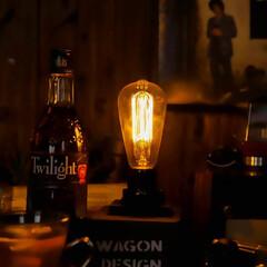 ハーフサイズカメラ/カメラ/オリンパスペン/木の家づくり/阿部興業株式会社/宇都宮/... ノスタルジックな灯り 光るフィラメントを…