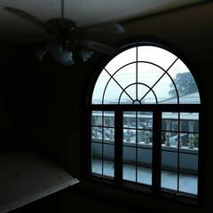 窓辺/大雨/台風 台風の大雨 暴風 大きな被害が、出ません…